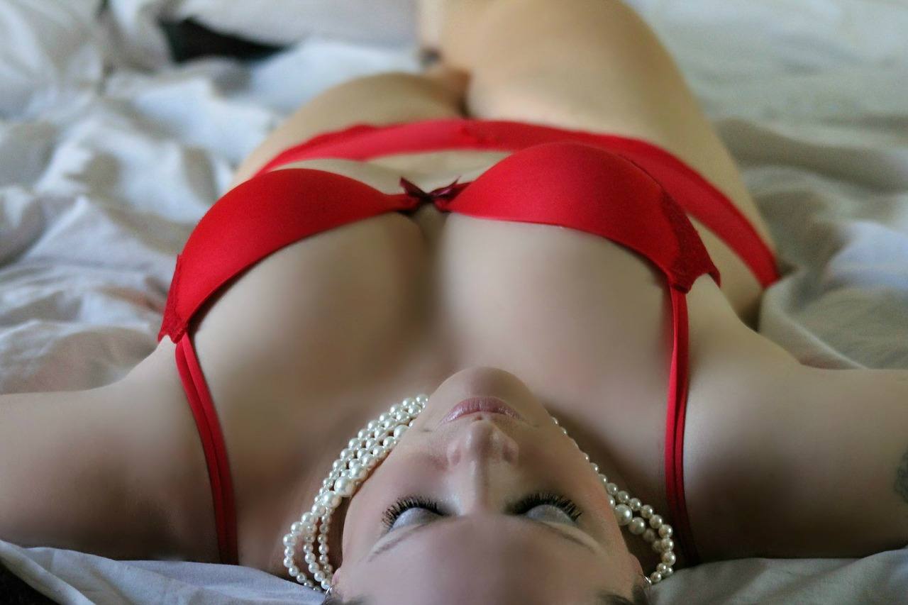 Red bra and pearls